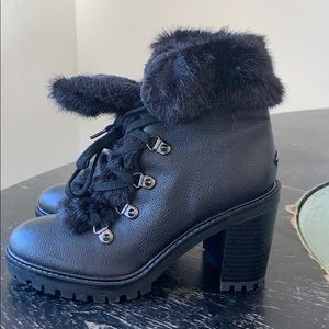 Guess Leather / faux fur Booties